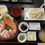 お食事処 かいがん - 特選海鮮丼天ぷら付♥ԅ(ˆ⌣ˆԅ)¥2000円