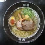 麺蔵ひの屋 - 白醤油ラーメン(800円、真上から)