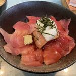 西村食堂 - マグロ丼 2,600円