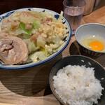 麺屋ぬかじ - ぬかじ郎+卵かけご飯(850円+サービス)