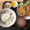 山奈食堂 - 料理写真:ピンタン鯵四丁、カリッフワッを