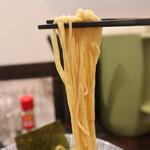 中華そば 糸 - 中華そばの麺