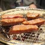 ホルモン焼 焼肉 好子ちゃん - シャトーブリアン