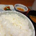 川畑 - 【2012年8月】「あきたこまち」のお米は炊き上がりふっくら♪