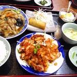 14735093 - 八宝菜定食880円