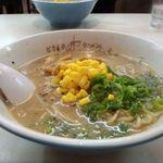 どさん子 - 味噌ラーメン。オリジナルスープが最高!