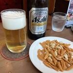 珈琲西武 - ビール(アサヒ中瓶)つまみ付き 800円