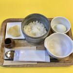 サクラカフェ幡ヶ谷 - 卵かけご飯680円