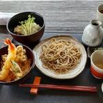 147371919 - 渡月膳 2000円 (税込 ) ミニ天丼、おろしそば、ざるそば、そば麹のつけもの