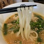 うどん大学 - 麺は平たいタイプ