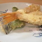 日本料理 松下 - 茄子、ピーマン、鱚の天麩羅