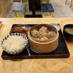 Shuumainojo - 焼売定食。             美味し。