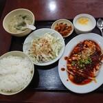 147387333 - よだれ鷄定食780円(税込) 202103