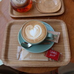 GINZA BOOK CAFE by HAPPY SCIENCE - カフェラテ 700円