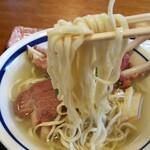 南国亭 - 麺リフト