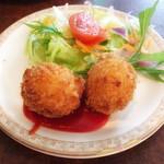 洋食家ロンシャン - 料理写真:カニコロ