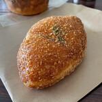 かめしまパン - *クリームシチュー(¥130)