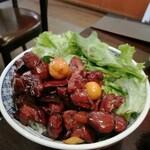 147403603 - 鳥モツ煮丼
