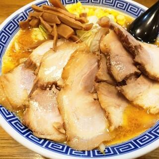 拉麺アイオイ - 料理写真:味噌チャーシュー麺1,200円!