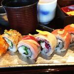 SHARI THE TOKYO SUSHI BAR - 具材と一体化するご飯の炊き方が絶妙。見た目も味も美しい。セットで¥1700 込 お椀とトリュフ風味の茶碗蒸し(上品)も付く。