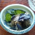 和食の家レンゲ - 茄子の古漬けとキュウリの浅漬け