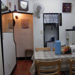 14741867 - どこかのお宅の食堂、みたいな(笑)