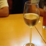 啓徳 - 前菜で飲もうと思ってワインを。<2012_09>