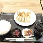 石松餃子 - 料理写真:ヤキヤキ定食のライス大盛り
