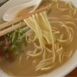 14743965 - 中華そば(麺リフト)