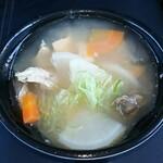 さかなや魚平 - あら汁(180円)