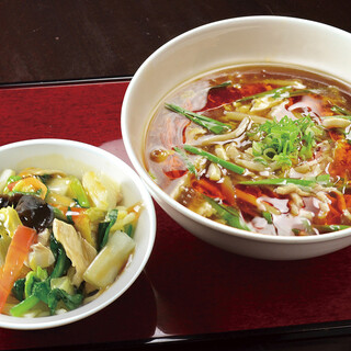 酸辣湯麺セット