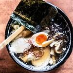 三鈴ラーメン - 料理写真:三鈴ラーメン