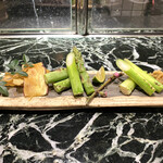 魚貝三昧 げん屋 - ・香川産 さぬきのめざめ アスパラ炭焼 950円