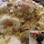 亜州食堂 チョウク - 2)ビリヤニの中身とスパイスの一部を発掘