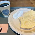THEO'S CAFE by JUCHHEIM -