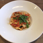 シャトン - 三陸産タコミンチのトマトソース平麺のハーフ