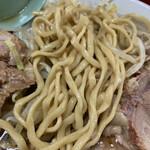 147461821 - 麺は二郎では細め