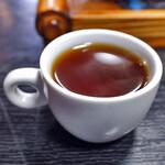 ニカク食堂 - 超デミカップだが コーヒー一杯サービスです。