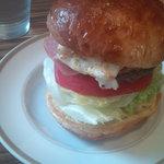 ザ バーガー スタンド ブブノワ - ベーコンチーズ+フライドエッグ
