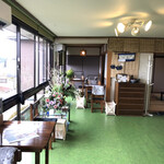 Caffe 海松風 - テーブル席