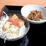 山鳥 - 小鉢とサラダ