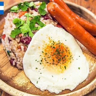 世界の家庭料理や地元だけの定番メニューをPickup!