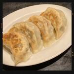 香港厨房 - セットの餃子