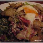 ピッコロ・カンフォロ - 自家製ベーコンと半熟玉子のサラダ
