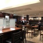 ドトールコーヒーショップ - コロナ対策もしてあり、2階も広い。