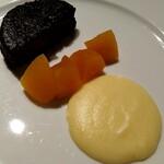 ヴェール パール ナオミ オオガキ - 愛しのブーダンノワール☆*:.。. ♡⭐️香りの良いリンゴグラッセとなめらかマッシュポテト添え♡