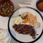 ダンラン亭 - ステーキ定食2