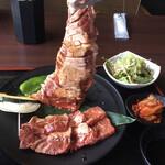 焼肉ホルモン 王道 - 王道ステーキ デカイ❗️