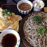 山 - 料理写真:田舎蕎麦¥800とちょい天(イカ)¥400