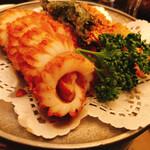 Kantonryouriminsei - 名物イカの天ぷらと野菜の天ぷらのさくさくガーリック揚げ